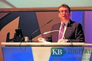 """Vorstandsmitglied Johannes Janhsen blickte auf viele """"Hausaufgaben"""" zurück."""