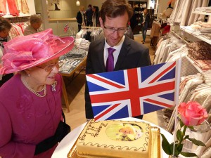Eine Geburtstagstorte für die Queen, gebacken von der Konditorei Platzer