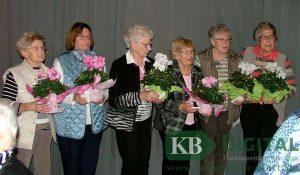 Ehrung der KFD-Jubilare (v. li): Marga van Besel Anneliese Scholz Klara Velmanns Mechthild Leurs Maria Mevissen Elisabeth van Husen. (Foto: tabe)